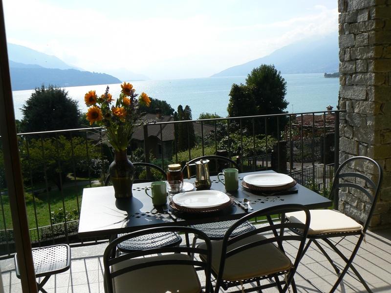 Case vacanza e appartamenti in affitto sul lago di como residence con piscina vista lago gravedona - Residence a livigno con piscina ...