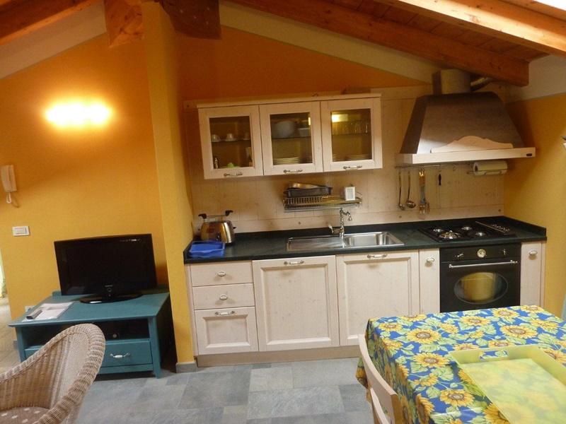 Case vacanza e appartamenti in affitto sul lago di como for Monolocali arredati in affitto